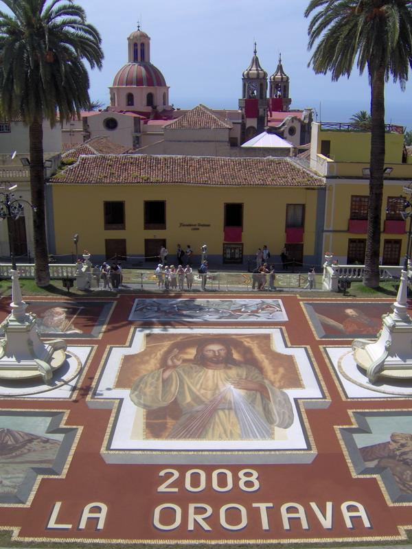 Fronleichnam - Corpus Christi 2008 - La Orovata -Teneriffa - Sandteppich vor dem Rathaus