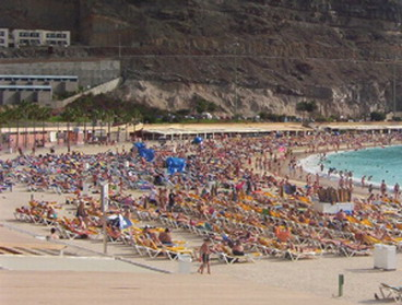 Car crash killed three people in Gran Canaria.