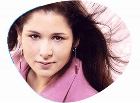 Rosa has a superb voice