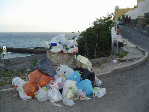 Rubbish should be placed in bins after 9pm