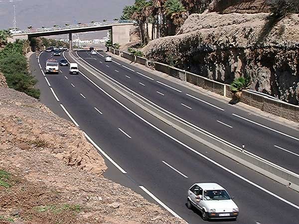 Companies are invited to submit tenders for the maintenance of the souths roads