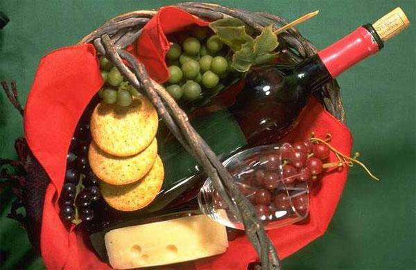 Try local wines and cheeses at Casa del Vino, El Sauzal