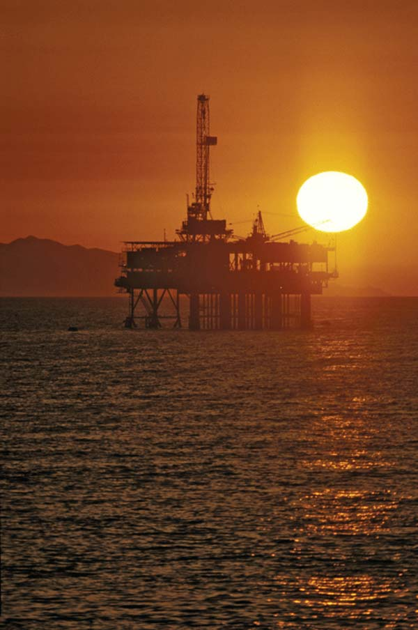 Martín is in favour of oil prospecting in Canarian waters
