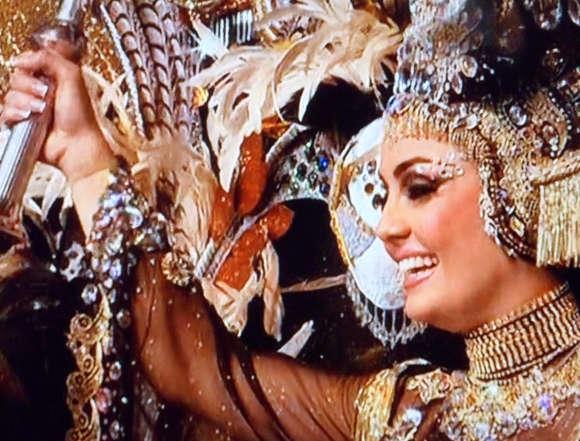 Die Königin des Karnevals 2015 von Santa Cruz.