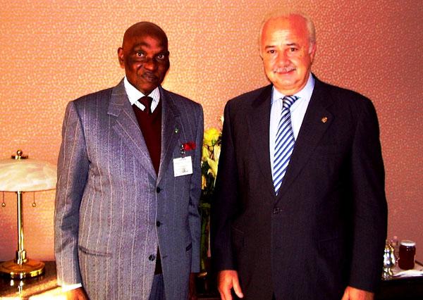 Teneriffas Inselpräsident Ricardo Melchior mit Senegals Präsident Adoulaye Wade