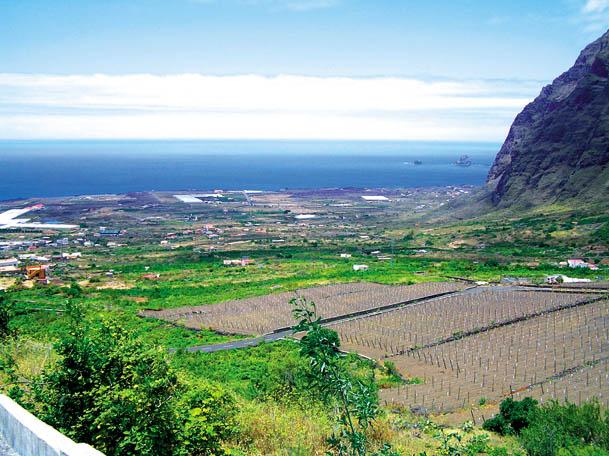 """Blick vom """"El Sitio"""" über das """"El Golfo""""-Tal"""