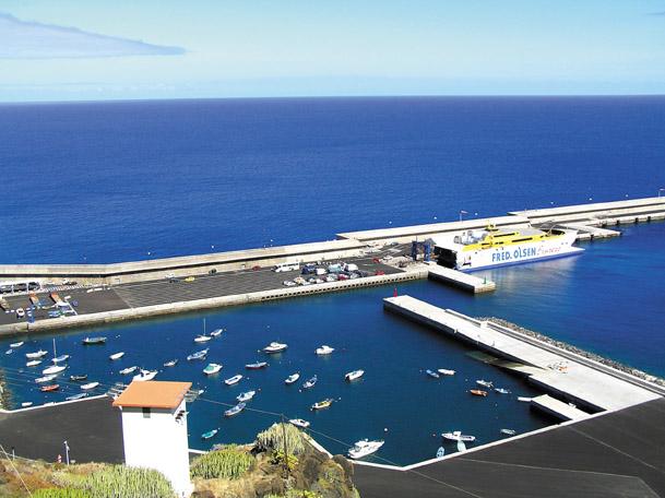 El Hierros kleiner Hafen
