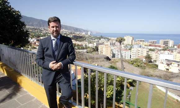Der Präsident des Cabildo, Carlos Alonso. (Archivaufnahme)