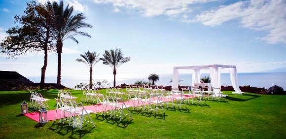 Ein perfektes Ambiente für die Hochzeit und die Zeremonie.