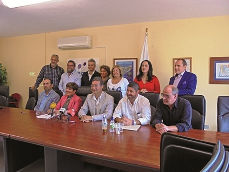 CEST board members surrounding the resigning president Ana Concepcíon Cáceres (front, second left)