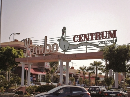 The famous Yumbo shopping centre in Maspalomas was in the sights of Islamic terrorists