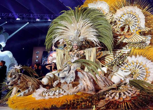 Die Karnevalskönigin 2016 von Santa Cruz heißt Cecilia Navarro Arteago.
