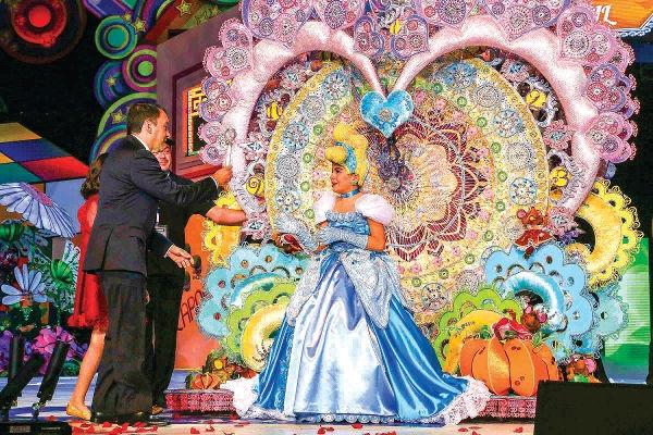 Tanía ist die Karnevalskönigin der Kinder 2016.
