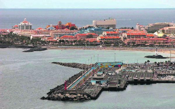 Eines der Projekte 2008 in Los Cristianos ist die Hafenerweiterung