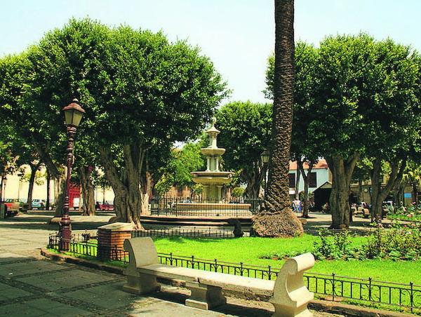 Die Plaza Del Adelantado ist das Herz der Stadt La Laguna