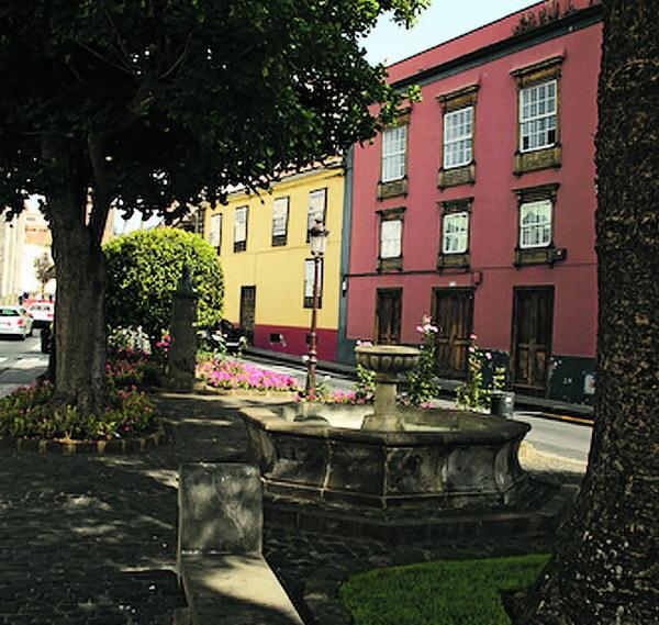 Auf der Plaza Del La Conceptión spürt man einen Hauch des 18. Jahrhunderts