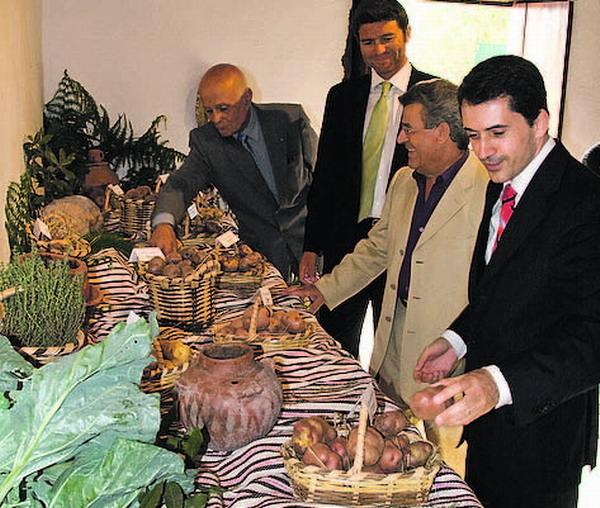Die Kartoffel ist neben Wein, Mojo und Gofio eines der bedeutendsten Merkmale kanarischer Tischkultur