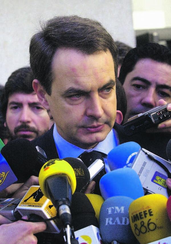 Ministerpräsident Zapatero schreibt den Überschuss im Budget für Sozialleistungen der Arbeit seiner Regierung zu