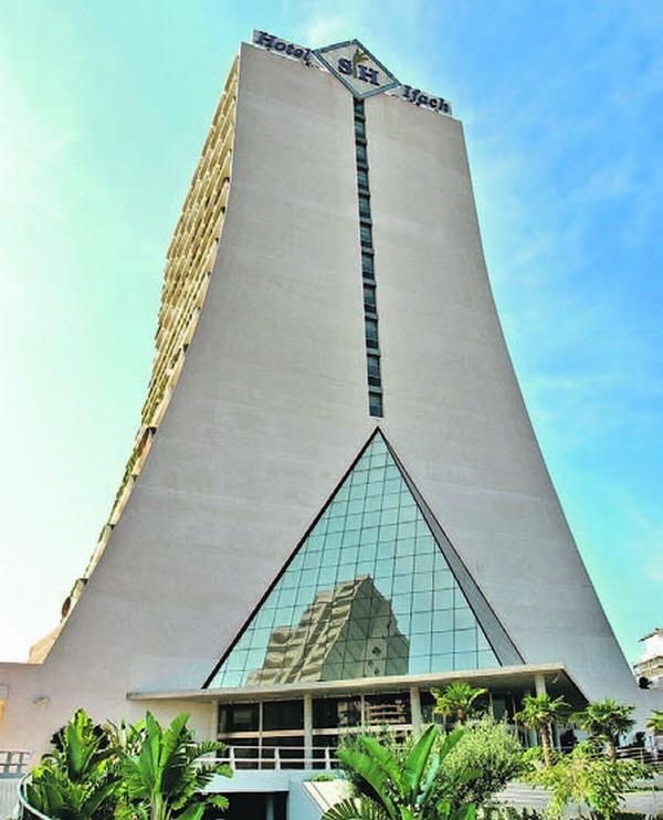 Der Eingangsbereich des SH Hotels in Calpe wurde von Eurovent konstruriert