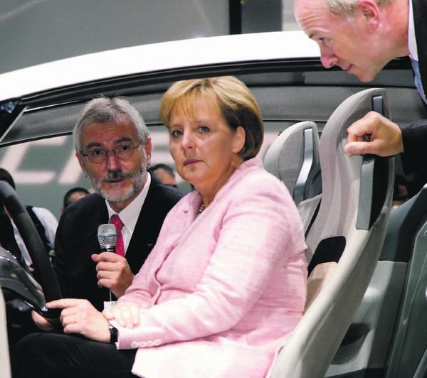 Bundeskanzlerin Angela Merkel bei der Eröffnung der IAA