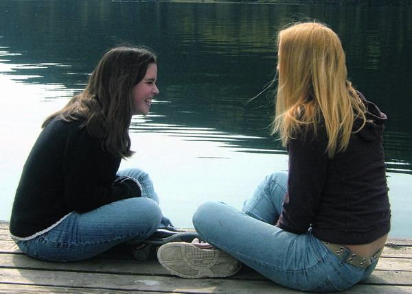 Miteinander reden – lebenswichtiger Austausch von Informationen und ein Grundbedürfnis des Menschen