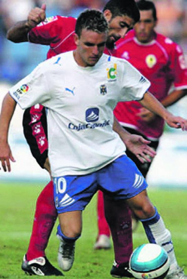 Den einzigen Treffer für den CD Tenerife in den letzten drei Spielen erzielte Ayoze García Pérez