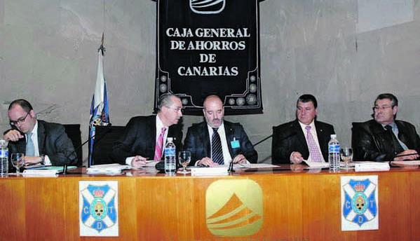 Miguel Concepción Cáceres, seit Februar 2006 Präsident des CD Tenerife, möchte den Club wieder in der ersten Liga sehen