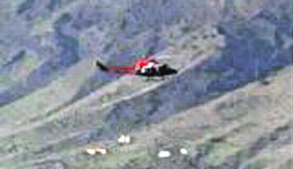 Vor der Nordküste El Hierro wurde tagelang mit Hubschraubern nach den Giftbeuteln gesucht