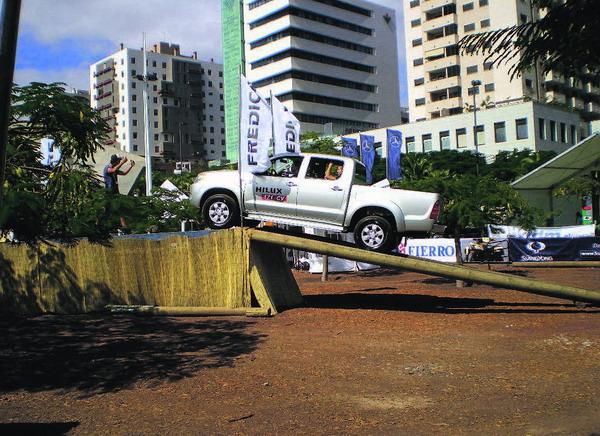 """""""Salón de automóvil"""" in Santa Cruz"""