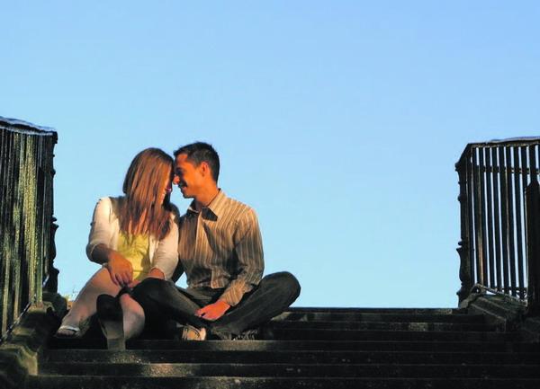 Fast jeder vierte Amerikaner sieht das Internet als Ersatz für eine reale Liebesbeziehung