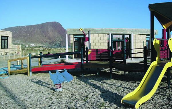Neben zahlreichen anderen Serviceleistungen bietet der Campinganlage auch einen Kinderspielplatz