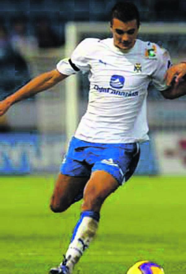 Den zweiten Treffer gegen Xerez erzielte Iriome González González aus Icod de los Vinos