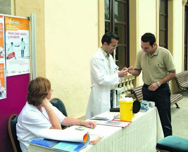 Am Diabetes-Welttag präsentierte sich auch die Diabetiker-Vereinigung Adigran von Gran Canaria