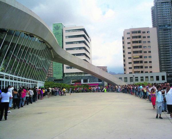 Auch zur 23. Ausgabe der Kanarischen Kunsthandwerksmesse wird im internationalen Messezentrum in Santa Cruz wieder mit einem großem Besucherandrang gerechnet