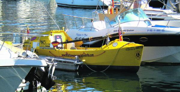 Noch liegt das Ruderboot im sicheren Hafen von Las Américas