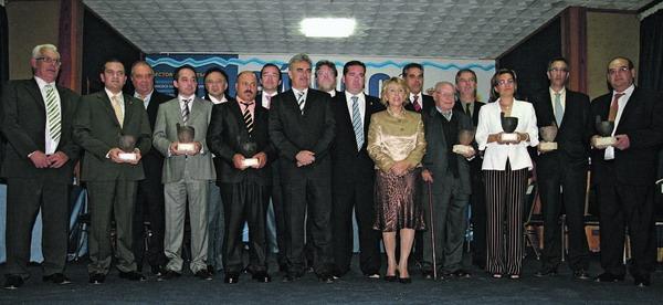 """Den stolzen Gewinnern wurde der prestigeträchtige """"Gánigo"""" verliehen"""