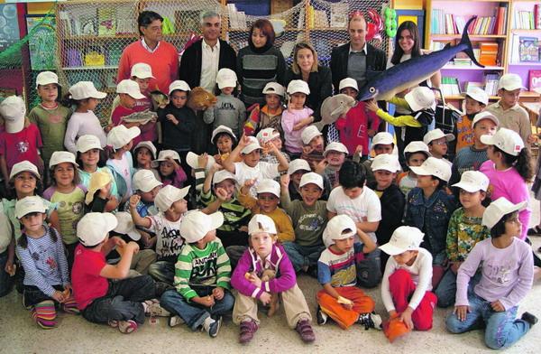 Die Fisch-Kampagne wurde in 120 kanarischen Schulen präsentiert und wird im kommenden Jahr fortgesetzt