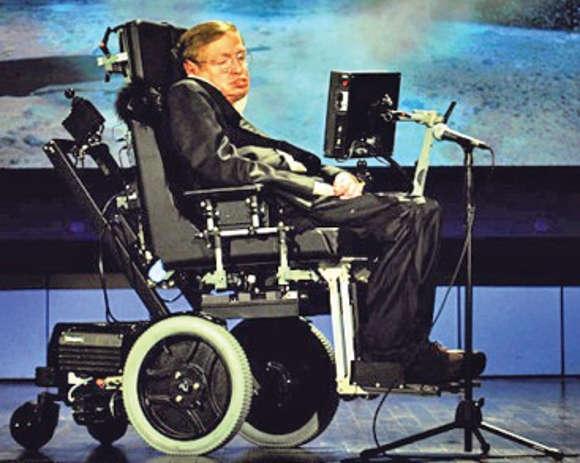 Stephen Hawking auf der Bühne.