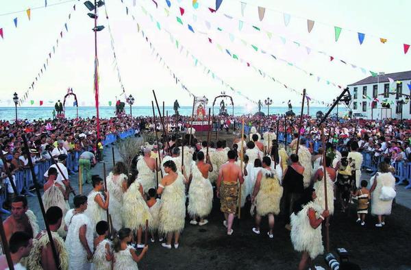 Jedes Jahr nimmt das Guanchen-Kollektiv am 14. August an den Feierlichkeiten zur Heiligen Jungfrau teil, jetzt wurde es für seine Arbeit ausgezeichnet