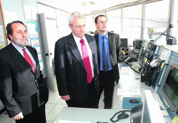 Joaquin Rúiz Rumeu im Gespräch mit Amos Wohl, dem israelischen Botschaftsabgeordneten für Wirtschaftsfragen