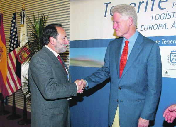 Die enge Zusammenarbeit mit dem ehemaligen US-Präsidenten Bill Clinton bringt das tinerfenische World Trade Center in eine Schlüsselposition für künftige Unternehmensansiedlungen.