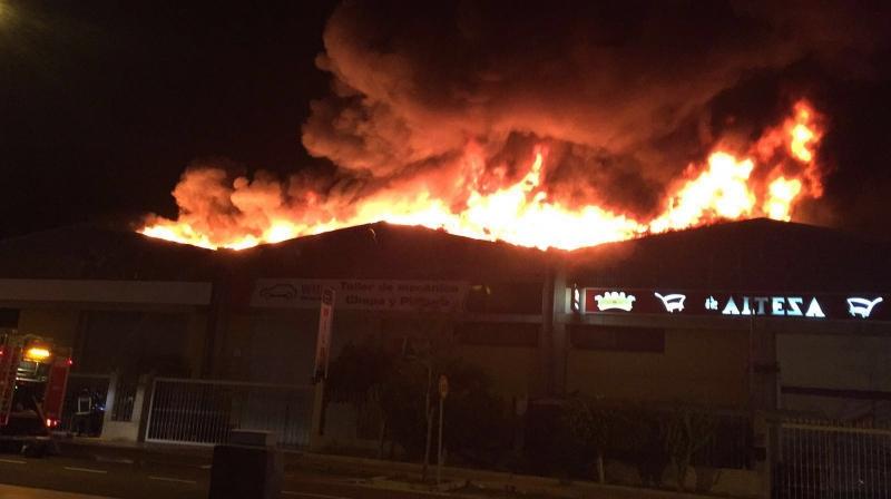 Den Großbrand hatte die Feuerwehr glücklicherweise schnell im Griff.