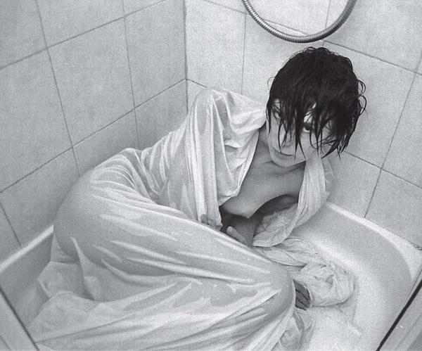 Waschzwang: Wenn das Badezimmer zum Ort der schlimmsten Alpträume wird