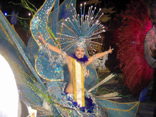 Die 1. Ehrendame bei der Wahl zur Karnevalsköniging 2008 in La Orotava auf Teneriffa
