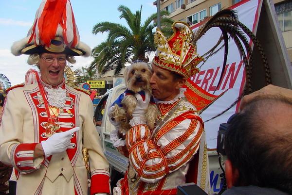 Prinz Josef I mit Fan - Düsseldorfer Karneval zu Besuch in Puerto de la Cruz 2008