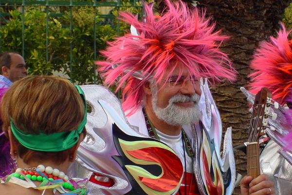 Bunte Kostüme im Karneval von Puerto de la Cruz 2008