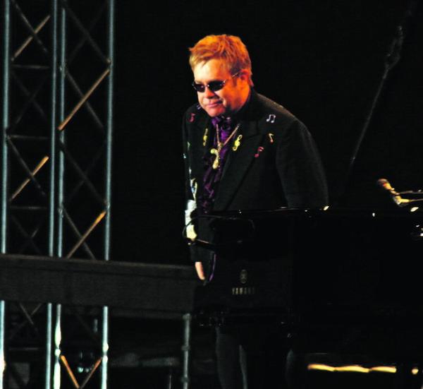 Sir Elton John begeisterte mit seinem Live-Auftritt 20.000 Zuschauer