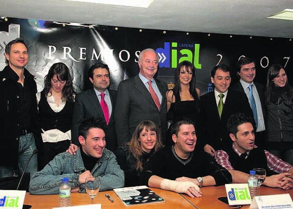 Einige der Latino-Stars kamen bereits vor der Preisverleihung mit Politikern von Teneriffa zusammen, um die Veranstaltung anzukündigen