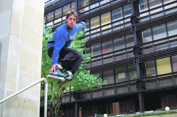 Iñaki Estrada liefert eine Extrem-Skater-Show vom Feinsten