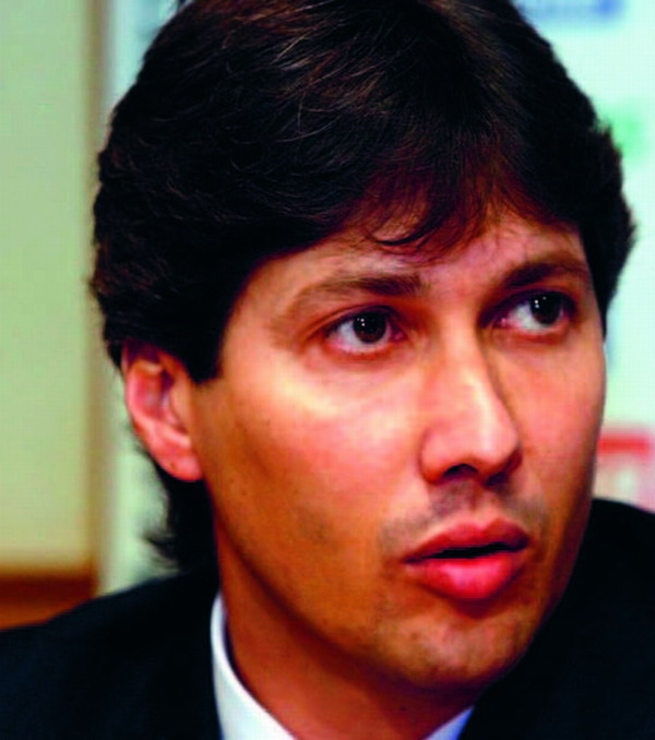 A word to the wise?  Sporting director Alfonso Serrano
